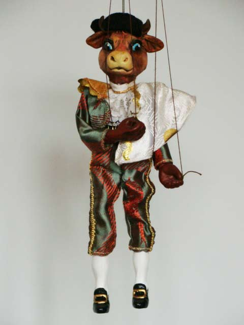 Бык тореодор,  декоративная марионетка, кукла