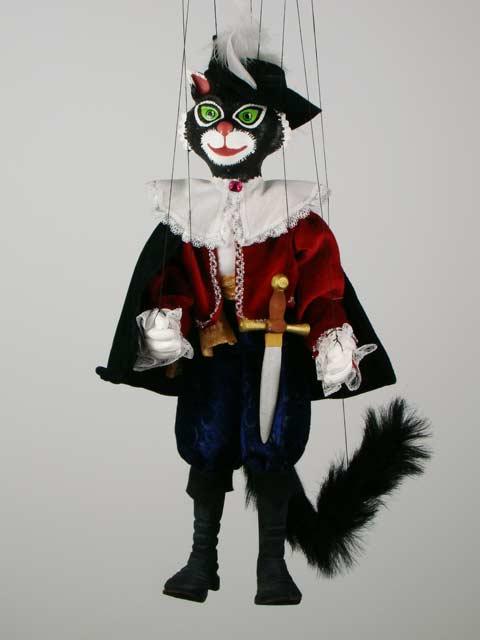 Кот в сапогах черный декоративная марионетка