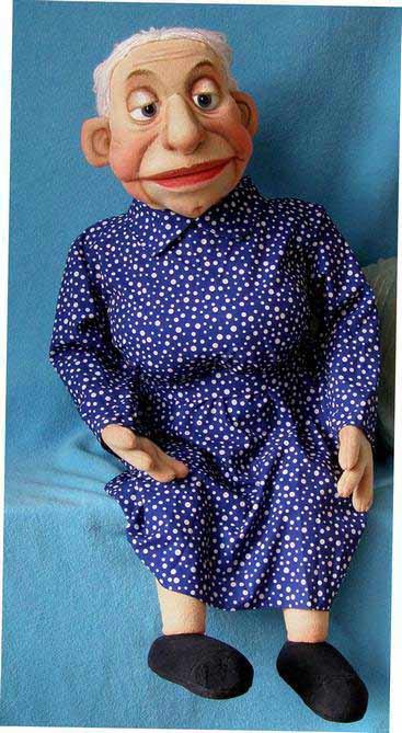Бабушка Дора кукла чревовещателя