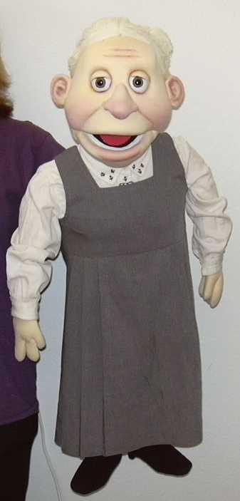 Бабушка Эдна кукла чревовещателя