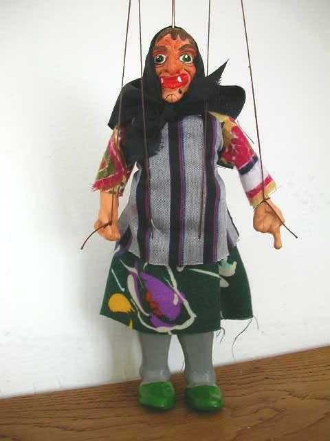 Баба Яга марионетка