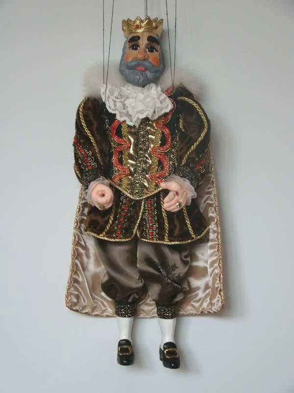 Король Генрих декоративная марионетка