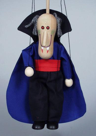 Дракула деревянная марионетка