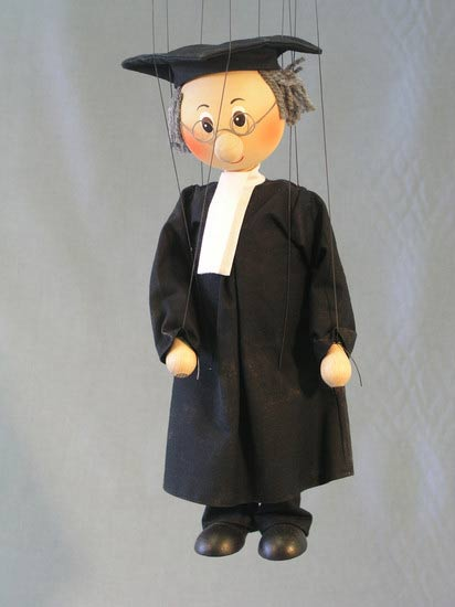 Адвокат , деревянная марионетка