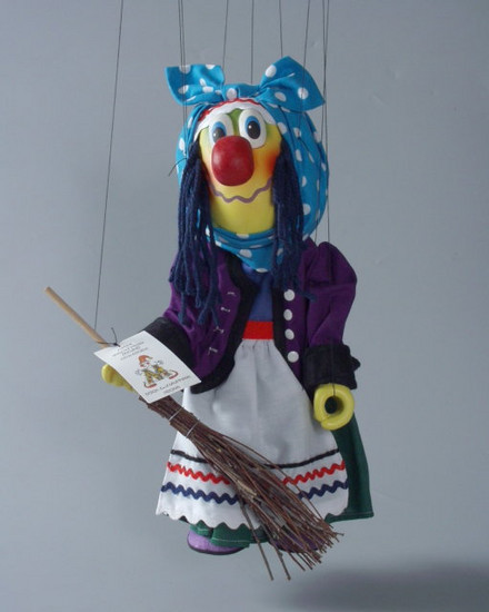 Ведьма Куниовенда деревянная марионетка