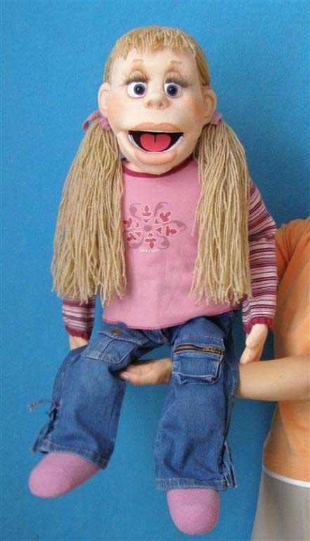 Моли кукла чревовещателя