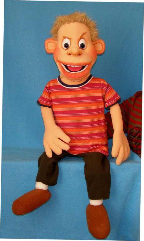 Даниэль кукла чревовещателя