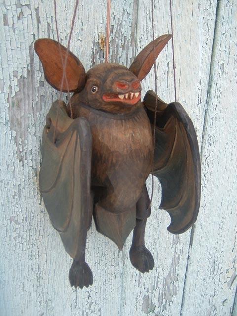Летучая мышь марионетка