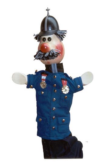 Полицейский , перчаточная кукла