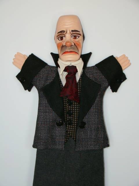 Дворецкий Евсей перчаточная кукла